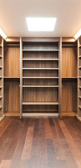 Bespoke Walk in Wardrobes London